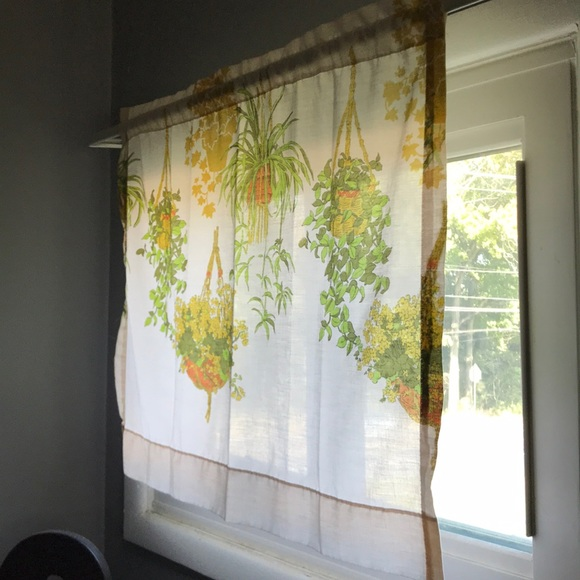 Vintage Other - Vintage macrame hanging plant curtain